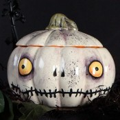 Frightful Friend Pumpkin Box